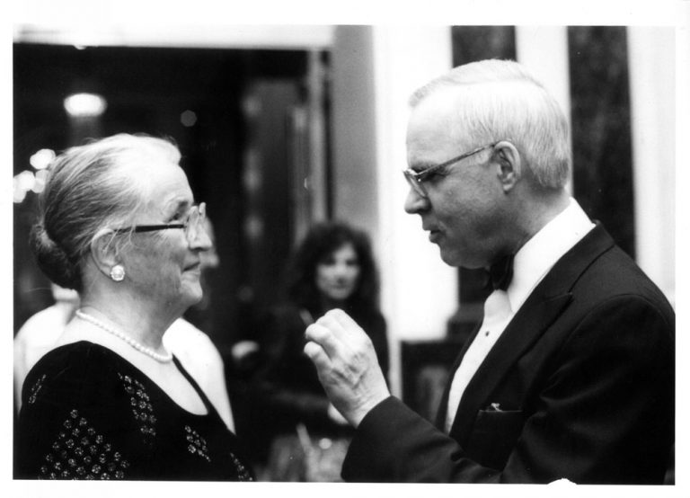 Helen Coley Nauts and Dr. Lloyd J. Old in 1989. They developed a close relationships as CEO and Director of the Scientific Advisory Council, respectively, of the Cancer Research Institute.